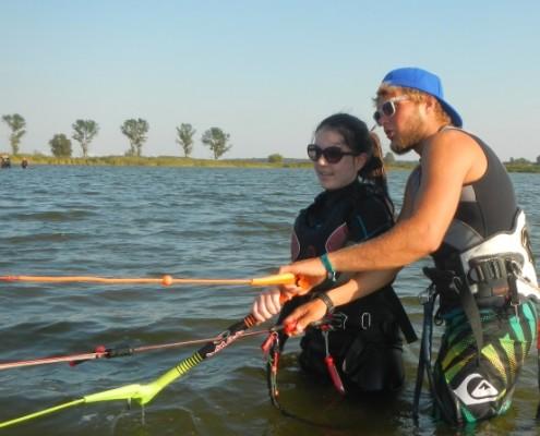 Einzelunterrich beim Kitesurfen
